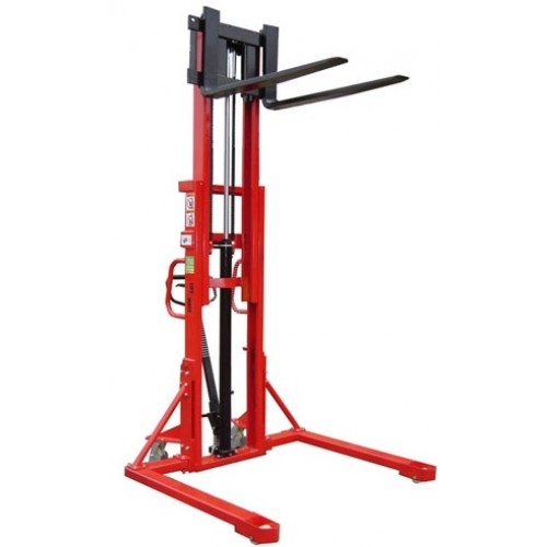 Straddle Pallet Stackers - LTKISA RANGE - from £1474 (1-2 Day Lead Time)